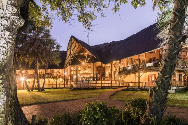 safpar-livingstone-accommodation-david-livingstone-safari-intro-2