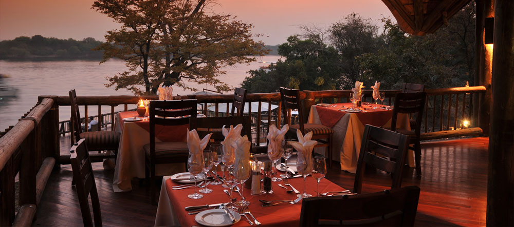 safpar-livingstone-accommodation-david-livingstone-safari-lodge-restaurant
