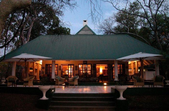 safpar-livingstone-accommodation-the-river-club-9