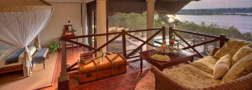 safpar-livingstone-accommodation-the-river-club-luxury-river-suite-4