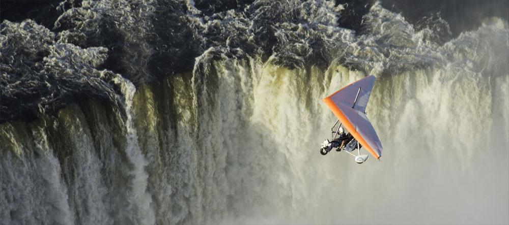 safpar-victoria-falls-activities-microlight-flight