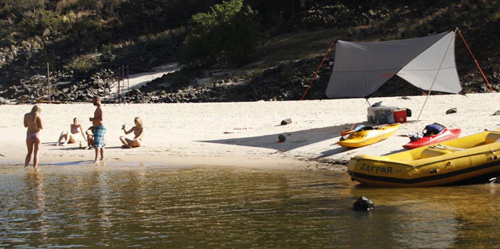 safpar-zambezi-river-rafting-overnight-trips-1