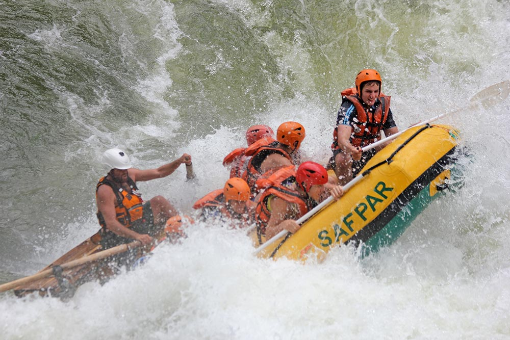 zambezi river rafting - the best white water rafting in the world