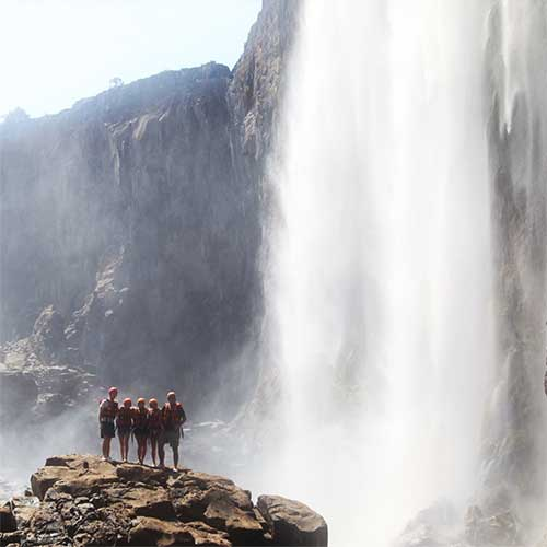 safpar-zambezi-river-rafting-day-trips-1