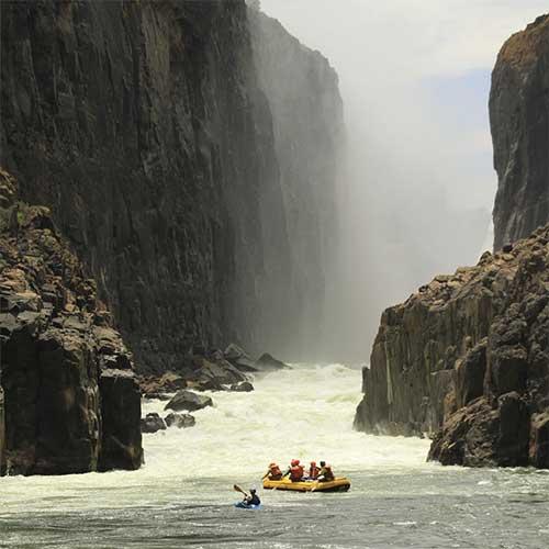 safpar-zambezi-river-rafting-day-trips-2
