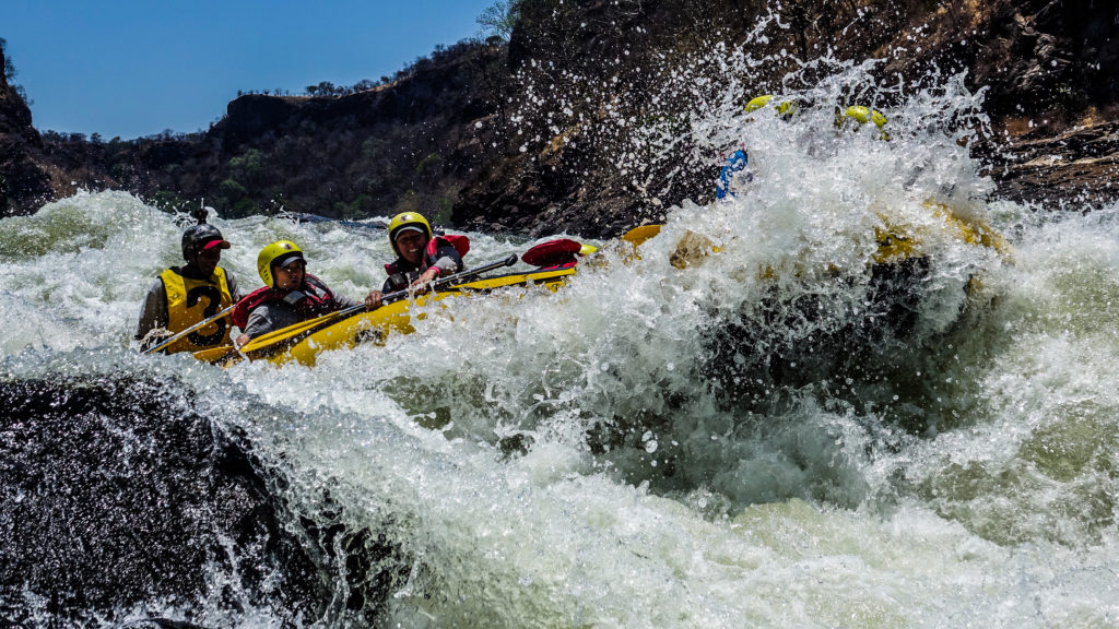 safpar multi-day white water rafting on the Zambezi
