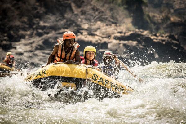 safpar Zambezi white water rafting